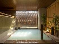 名湯・霧島温泉を多彩な湯処で満喫。