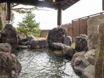 【貸切露天風呂/岩】天然温泉にゆったり、のんびりと癒しのひと時をどうぞ。