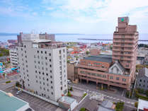 右の棟がアネックス館。(左のサンバリー館は2020年4月1日から一時休館)