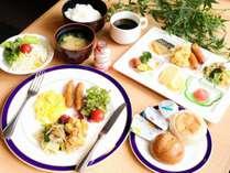 バイキング朝食(一例)