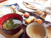 *小田原の特産品を使用した和食セットをご提供しています。