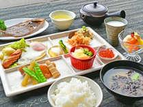 【ご朝食一例】栄養バランスの整った、体にやさしい朝ごはんをご用意。