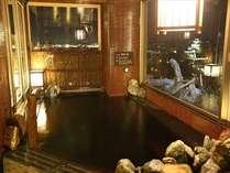 ■男子内湯から掛川城を望む