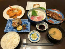 【2食付】萩は山海に恵まれた食材の宝庫!京都仕込みのシェフが作る優しい味わいの和食膳をご賞味あれ!