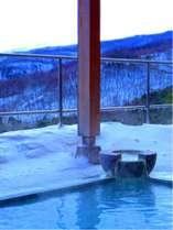 冬の露天風呂真っ白な銀世界♪雪見露天をお楽しみください