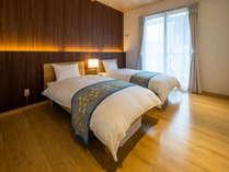 2階寝室は洋室&和室ご用意。1階は専用キッチン&リビング&バスルームとゆったりおくつろぎいただけます