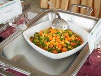 **夕食一例/色鮮やかなミックスベジタブル