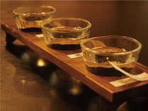 【利き酒セット】会津の地酒3種類をお愉しみいただけます。(地酒の種類は季節により異なります。)