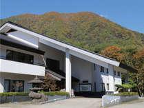 四季彩ゆたかな奥会津は、季節ごとにその表情をかえて、訪れる方々をおもてなします。
