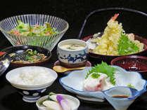 【1泊2食付】@6400円~★主人が腕をふるうボリューム満点のお料理を召し上がれ♪
