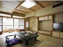 12畳+次の間付の広々とした高級感漂う和室
