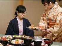 お食事処『あじ菜』にて旬の料理をご堪能下さい。