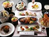 別館『四季』のお部屋食で旬をご堪能下さい ※料理はイメージ