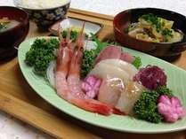 ♪お刺身の盛り合わせ定食プラン♪1泊2食付き【ご飯お代わり自由】