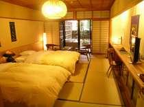 【庭・露天風呂付き客室】露天風呂付きで、ゆったりモダンなお部屋です(写真は一例)