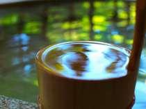 花扇のお湯はトロリつるつる。びっくりする程のツルツルするお湯をご体験ください。