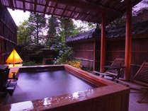 【庭・露天風呂付き客室】庭園を眺めながら飛騨高山温泉を(写真は一例)