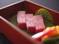 飛騨牛ステーキはお好みの焼き加減でお召上がりください(一例)