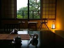 【和室12畳】畳に座っても目線の高さに窓の外の景色を眺めることができるのが嬉しい(写真は一例)
