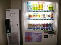 ◇自動販売機&製氷機。各階(6~10F)にございます。