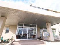 *【外観】利尻島や礼文島、サロベツ原生花園への拠点宿としても最適です。