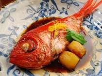 金目鯛の姿煮料理例、水揚げ日本一の下田でぜひ味わっていただきたい一品