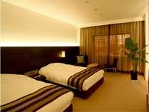 【洋室B】約22平米 ベッド幅110cm ユニットバス・洗面・シャワートイレ
