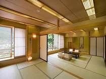 【本館DX】ゆったりとした大きな客室(12.5畳+7.5畳2間続き)