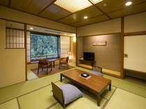 【中央館10畳】和風ライトモダンをテーマにした和室
