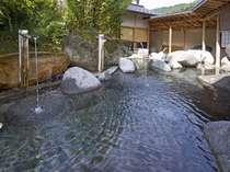 【庭園露天風呂】温海の四季を感じながら日々の疲れを癒してみませんか?