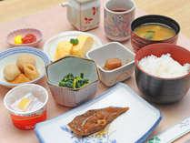 ほっこり家庭的な和朝食で元気にスタート☆