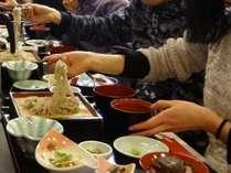 ご家族と♪ お友達と♪ 楽しく美味しく♪ こだわりの手打ちそば&山菜・郷土料理宿泊プラン