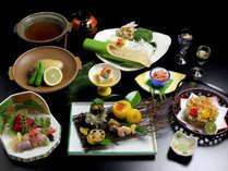 *四季折々の味覚をお楽しみいただけるお食事です(料理一例)