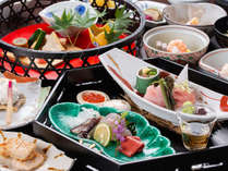 *【夕食一例】月替わりの会席料理。季節の移ろいを感じていただけます
