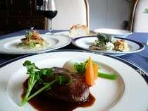 お肉とお魚を楽しむコースは、旬の食材が詰まっている(一例)