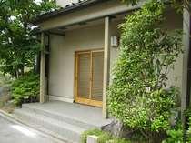 緑豊かな閑静な宿