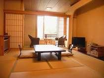 *落ち着いた雰囲気の客室(客室一例)