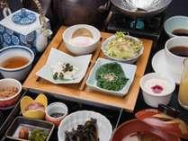 *【朝食】ご飯に合う、様々なおかずをご用意しております