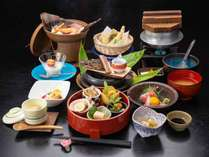 *【夕食:料理長お薦めコース】季節の山の恵みを中心とした全10品のお料理