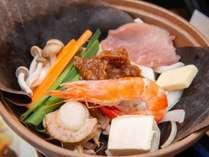 *【夕食:料理長お薦めコース】地産食材を大切に。素材の味を生かしたこだわりの調理法でご提供
