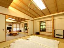 *【本館(旧館):ペット特別室(10畳・12畳の2間)】2間のお部屋でごゆっくりお寛ぎいただけます