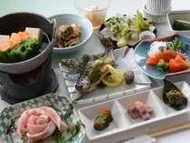 【夏お料理】温泉湯豆腐しゃぶしゃぶ和会席。基本1泊目