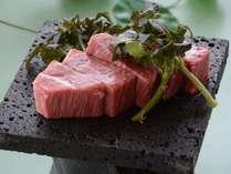 【信州プレミアム牛ステーキ】2500円林檎ベース飼料により臭みの無い、柔らかなお肉です。