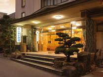 屋久杉のやかた みかど別館「瀬戸内の穏やかな風」と「やさしい光」でお出迎えします。