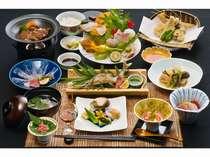和食膳は更にグレードアップ!採れたて新鮮な山の幸川の幸海の幸をお楽しみ下さい。