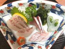 【夕食一例】お刺身はもちろん新鮮!旬のお魚をご堪能下さい♪