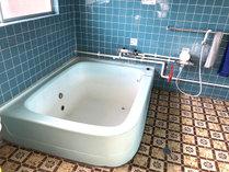【風呂】男女それぞれ1箇所ずつお風呂がございます。