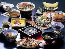 季節の食材を使った懐石料理※写真はイメージです(季節毎に献立が変わります。)