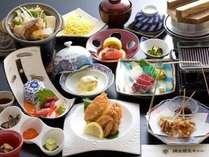 ◆【14時アーリーイン&11時レイトアウト付】カニ半身付基本膳プラン【夕朝食付】