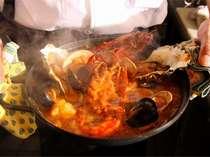 【11~3月限定】濃厚美味な海鮮鍋は迫力のオマール海老入り! 洋風海鮮鍋ブイヤベースプラン